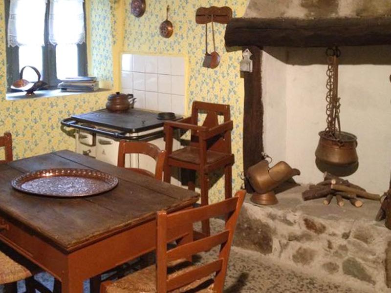Novelle di Sellero: Casa Mariotti cucina