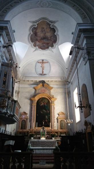 Sonico2017_Interno chiesa Rino